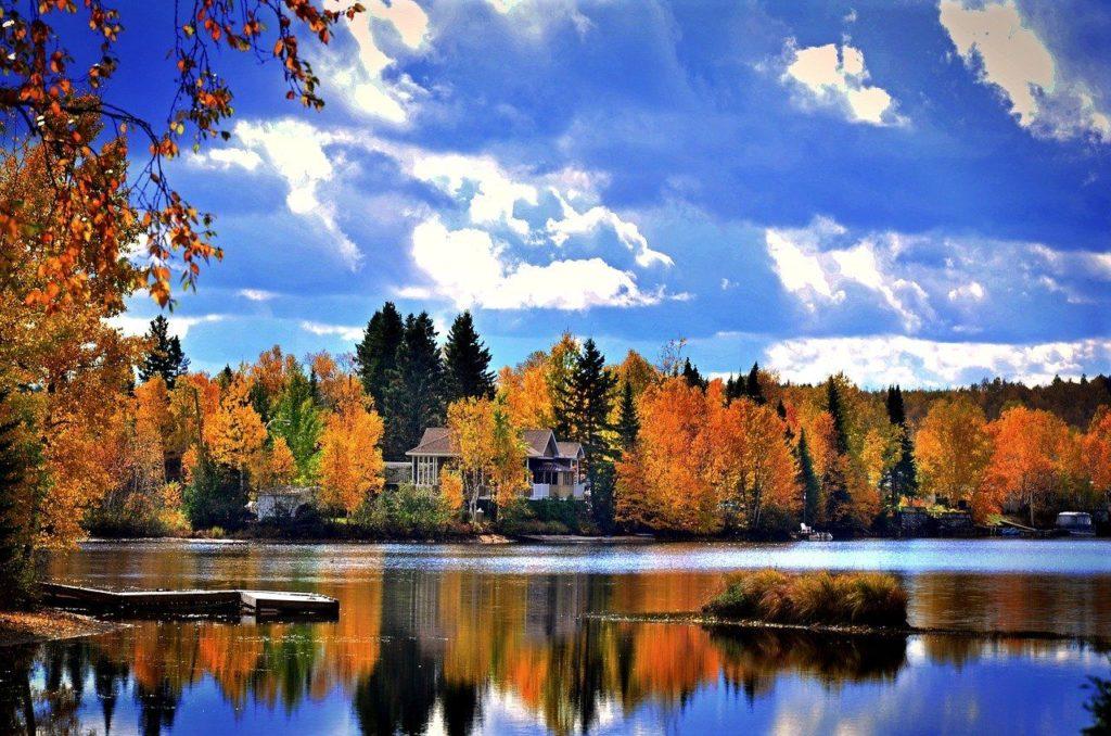 Découvrir le Canada librement en automne
