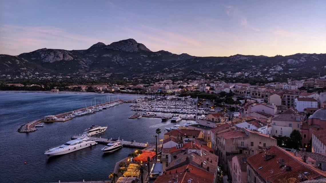 Où passer un week-end en Corse cet automne ?